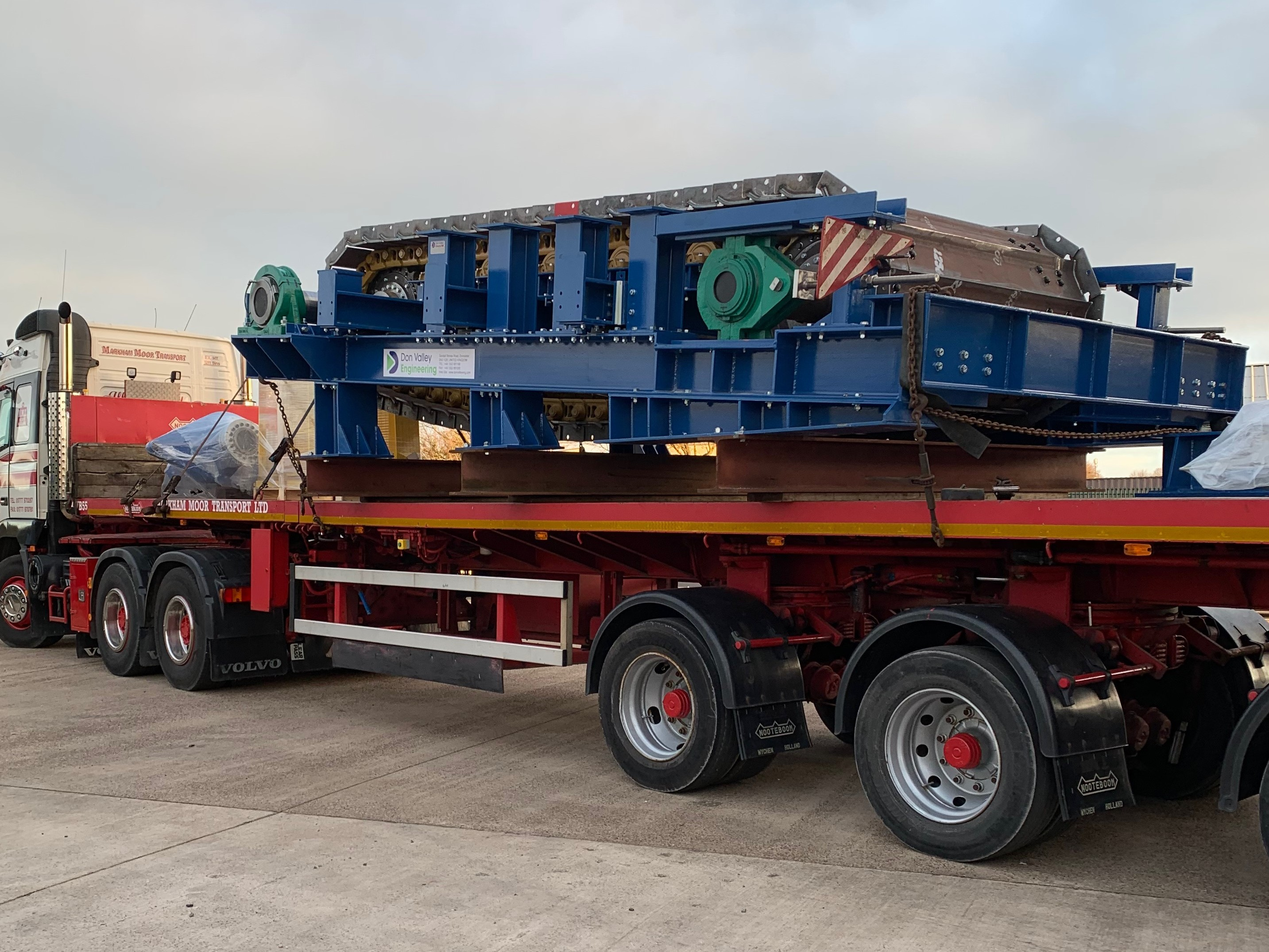 Extreme Duty Apron Feeder - Don Valley Engineering